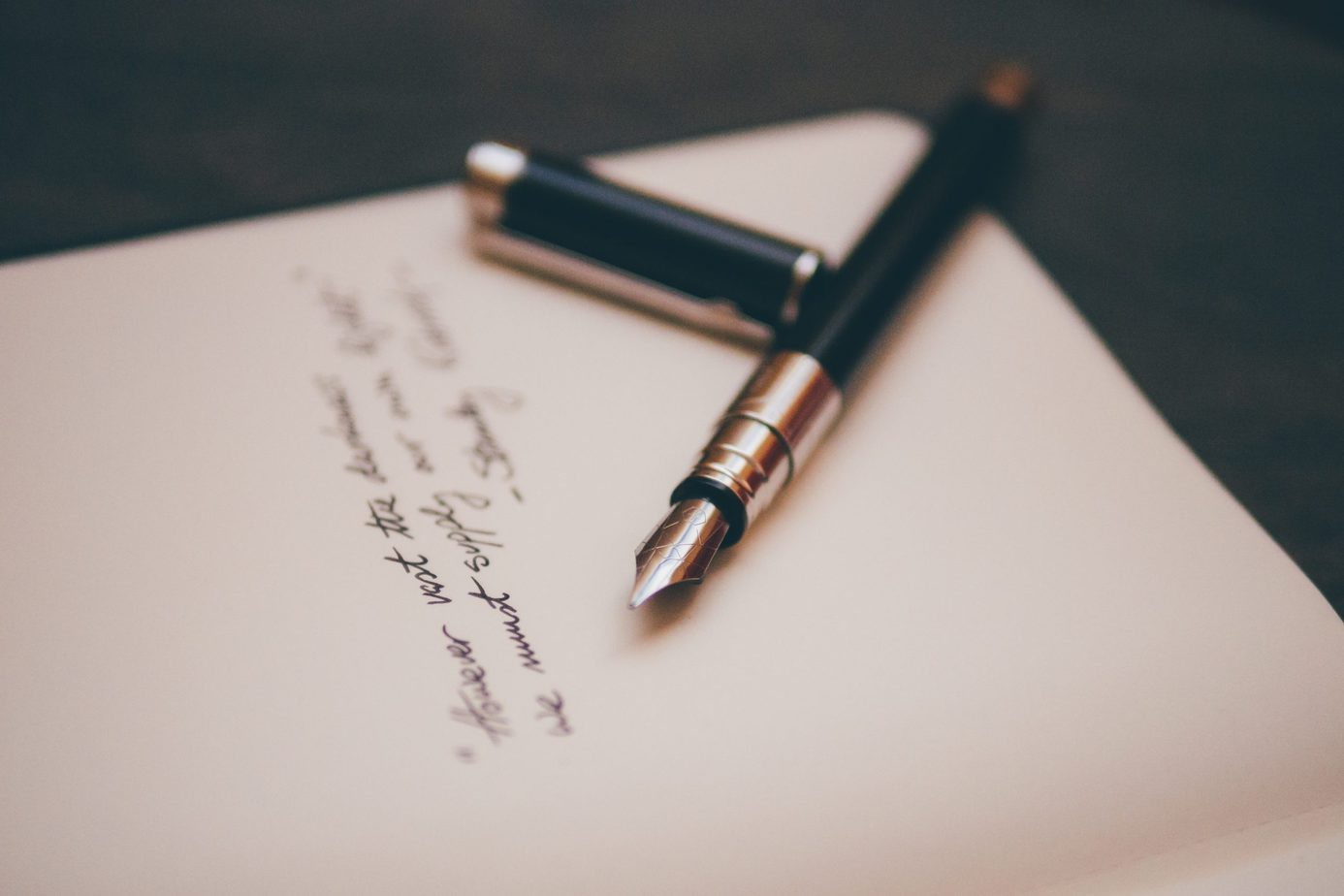 How to Write a Condolence Message that Heals